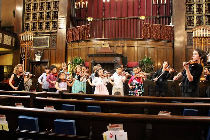 Church Performance in Chicago May 2012