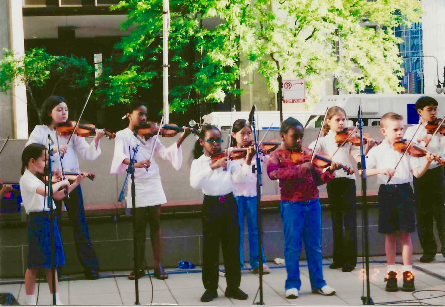 violin group programs group lessons play violin on special events